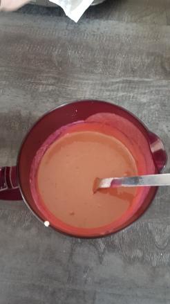 mélanger les ingrédients en 1 crème homogène